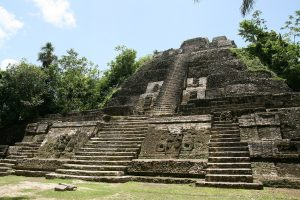 Lamanai_High_Temple